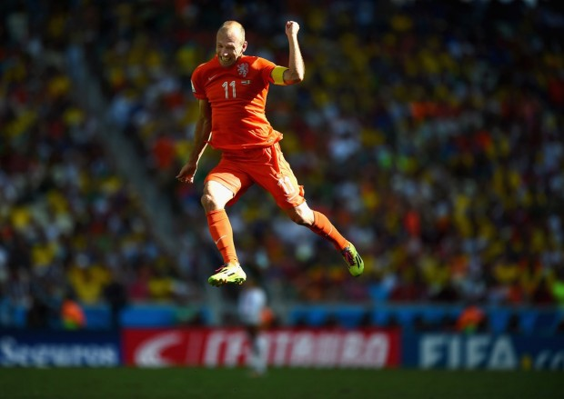 arjen-robbens-of-the-netherlands-celebrates-a-victory-over-mexico
