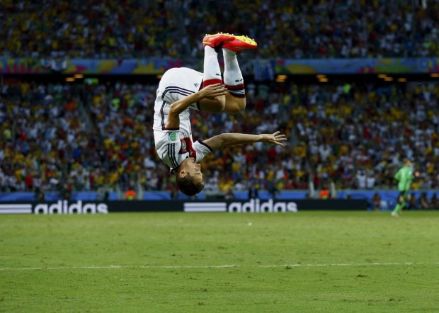 miroslav-klose-of-germany-does-a-flip-to-celebrate-his-goal-against-ghana