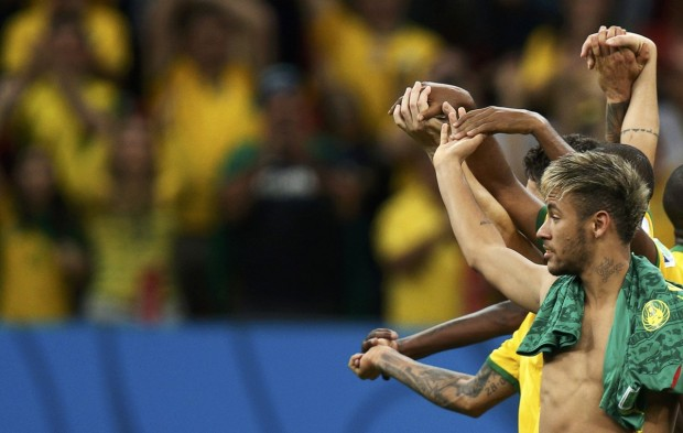 neymar-celebrates-with-his-teammates-after-beating-cameroon