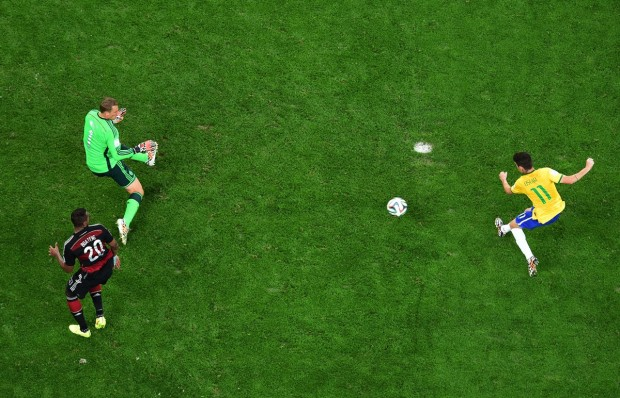 oscar-scores-the-only-goal-in-brazils-devastating-7-1-loss-to-germany