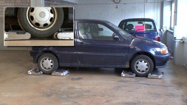 Car-stealing-robots-610x344